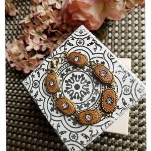 Rinestone and leather bracelet